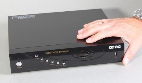 System 2.1 DVR 8 Channel standard definition Image
